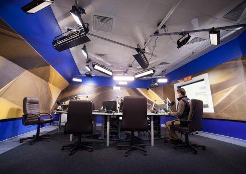 Многокамерная телестудия для онлайн-вещания