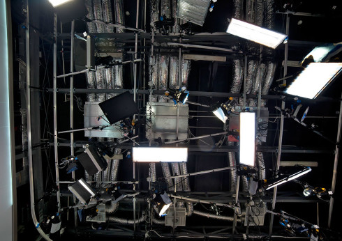 """Освітлювальна система для основної студії каналу """"UBG"""""""