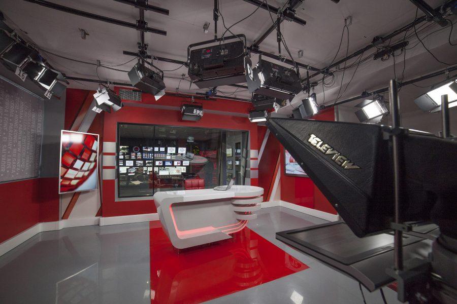 """""""5 канал"""". Модернизация аппаратной и новостной студии"""