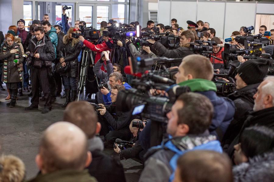 """Компанії Comtel і Квант-Ефір на виставці """"Волонтерський Воєнпром"""""""