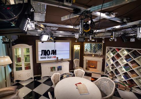 """Новая програмная студия телеканала """"112 Україна"""""""